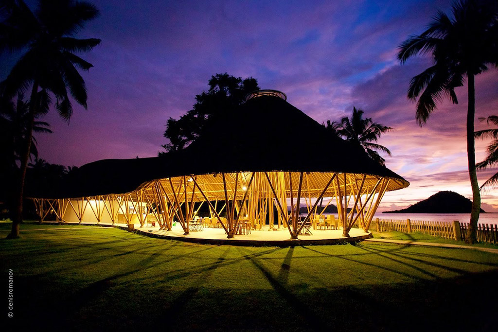 Beautiful Whales and Waves bamboo restaurant in Sumbawa, Indonesia by Asali Bali